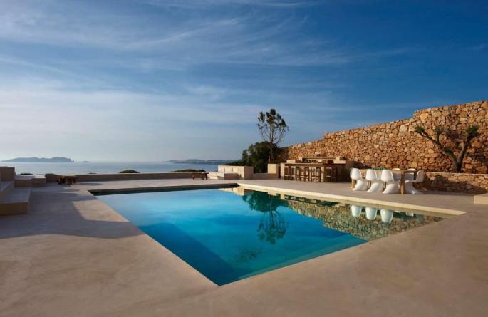 Perfect Pools for luxury holiday villas in Ibiza, Mallorca and Formentera