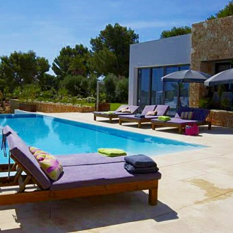 Beautiful modern Mallorca villa ideal for families. Rental from International Villas